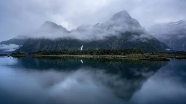 Milford Sound is renowned for its moody weather, with some of the highest rainfall in New Zealand.