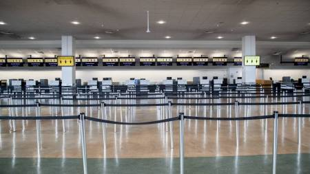 coronavirus eerie walkthrough of auckland airport during covid 19 pandemic stuff co nz
