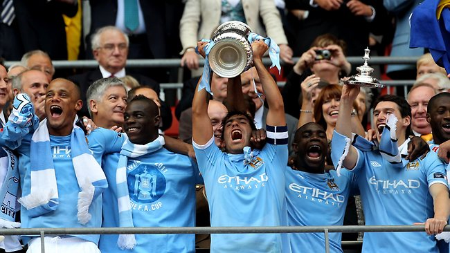 manchester city celebrate their f.a. cup victory