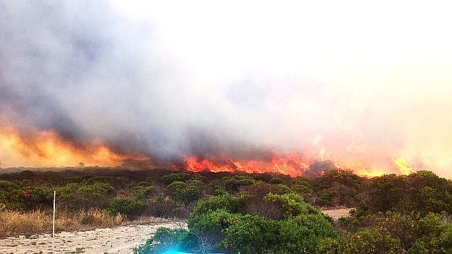 A bushfire near Point Boston on the Eyre Peninsula caused concern for emergency crews as the mercury soared.