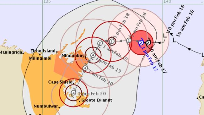 Tropical Cyclone Lam approaches NT
