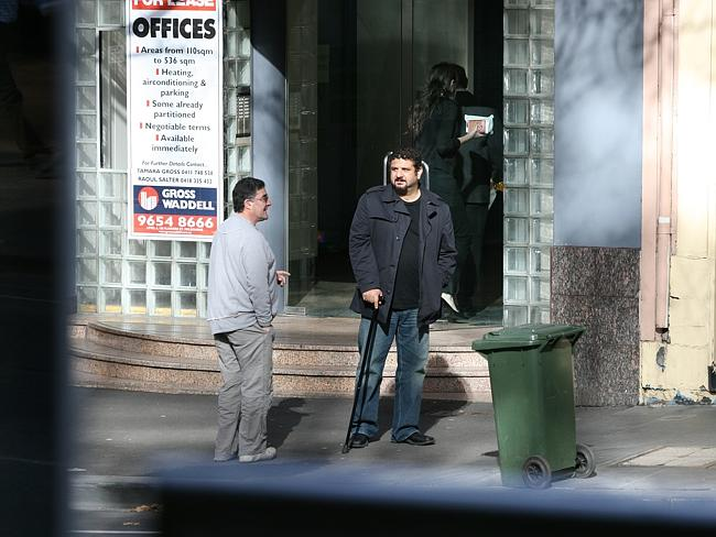 A surveillance shot of Higgs and Falanga near Nick's Spaghetti Bar in Lonsdale Street, Me