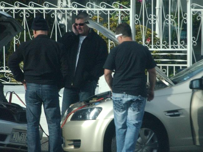Barbaro, Zirilli, Polimeni and Potter tried to jump-start the Magna in Carlton North. Pic