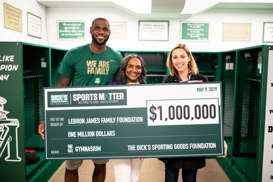 931b16707318 LeBron James Surprises His I PROMISE School Students By Announcing A  1MM  Sports Matter Grant From The DICK S Sporting Goods Foundation