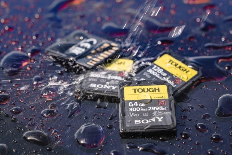 世界最堅韌 SONY SF-G系列 TOUGH 規格記憶卡 首創單片全密封一體成型結構