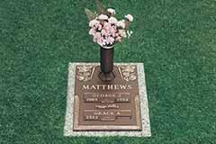 Photo Of Crestwood Plaque, The Prestige Difference - Prestige Memorials