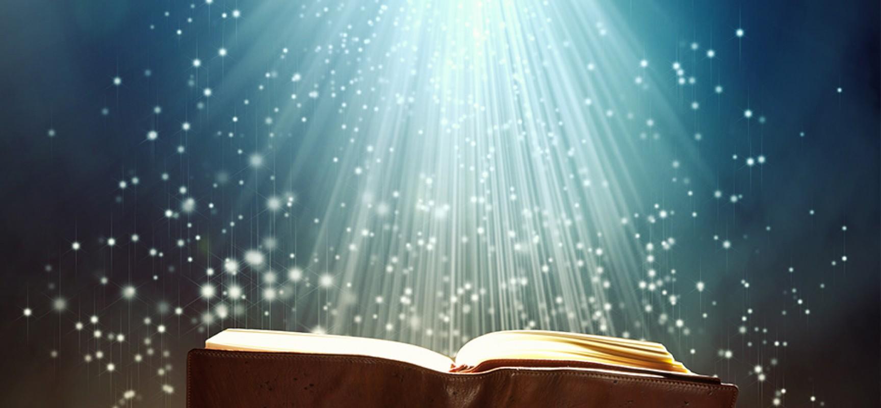 Resultado de imagen para biblia abierta wallpaper