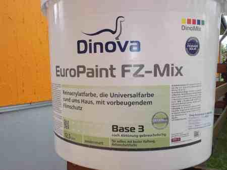 Dinova-Fassadenfarbe
