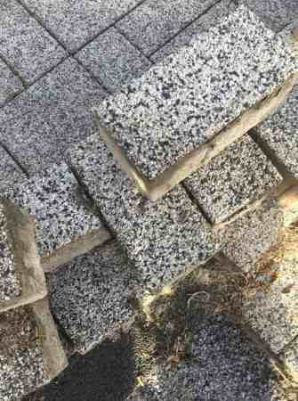 12 x 3m Pflastersteine, 10cm Höhe, Kieselgarnitur