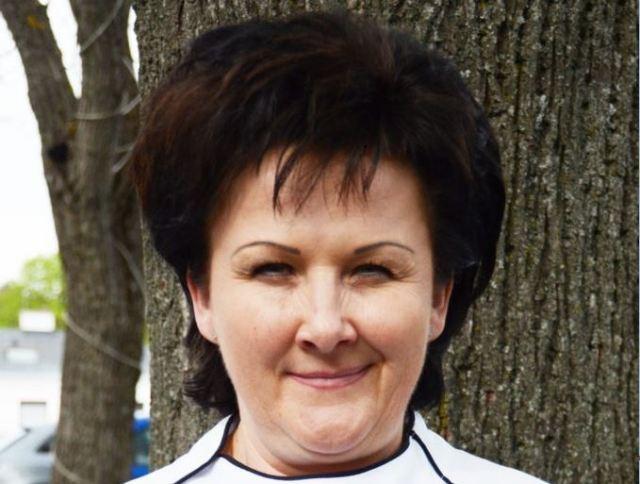 """Mysyk Elisebeth """"Ella"""" Köchin und unterstützt Chef Koch Sridharan Bhashyam - """"Roger"""" seit 21 Jahre im Restaurant am Heuberg 1170 Wien - IndienFootLand"""
