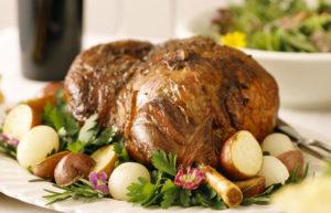 Gigot d'agneau par Bernard Gisquet, restaurant à Cestayrols, Albi, Gaillac, Cordes