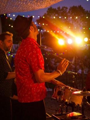chez bernard gisquet Lou Cantoun Apéro concert ida-y-vuelta-musique-cubaine