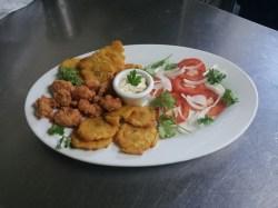 Restaurante Cabanga - Camarones apanados con patacones