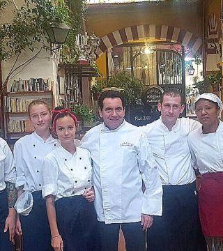 Estudiantes de la Escuela de hosteleria de Polonia CKZiUW Sosnowcu ( Polonia) Cocina