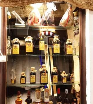 Despacho de vinos a granel Sociedad Plateros María Auxiliadora 01