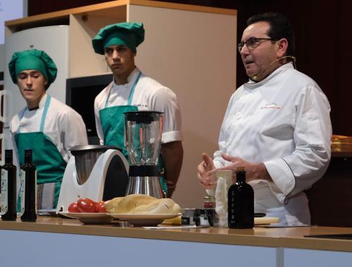 Restaurante en Cordoba Sociedad Plateros Maria Auxiliadora en Sevilla 04