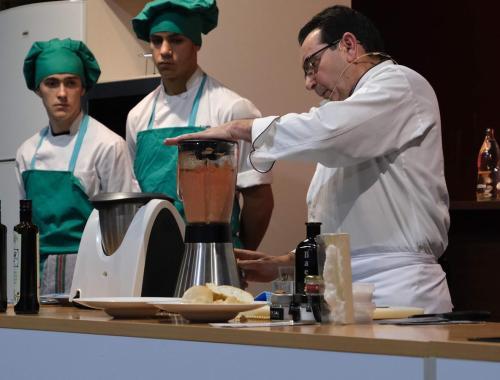 Restaurante en Cordoba Sociedad Plateros Maria Auxiliadora en Sevilla 05