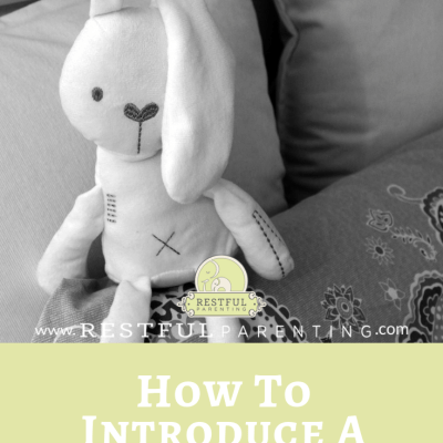 How to Introduce a Lovey for Bedtime Comfort