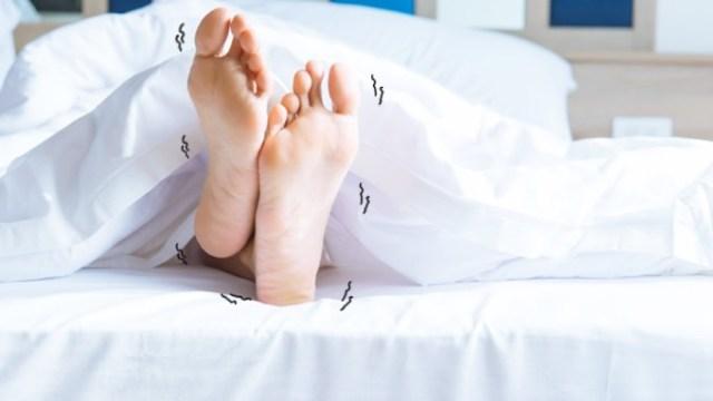 むずむず脚症候群の症状に悩まされている