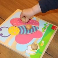 Les puzzles à encastrement : comment présenter et ranger le matériel?
