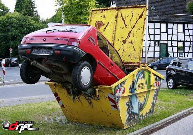 Funny-Car-Crash-Picture