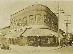 Late 1920s photograph of the Phoenix Pharmacy (Photo courtesy of fosterthephoenix.com)