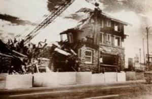 Demolition of the Pilot Butte Inn