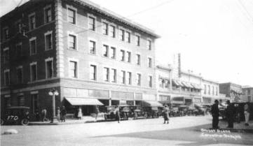 historic photo of the Julian Hotel with awnings