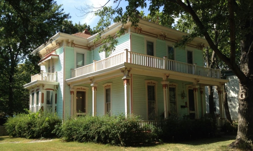 This house is a few blocks from the Cross House, and is owned by Rob. The house is a stunningly intact 1870s Italianate. Save for the upper porch railing, and the aluminum storm windows, everything in the images is original to the house. Wow.