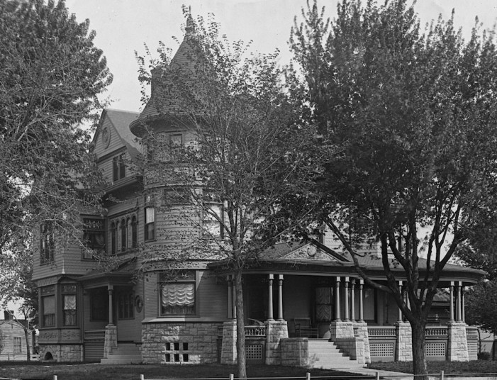 This is the Cross house, just after completion, 1894. Note the round tower.