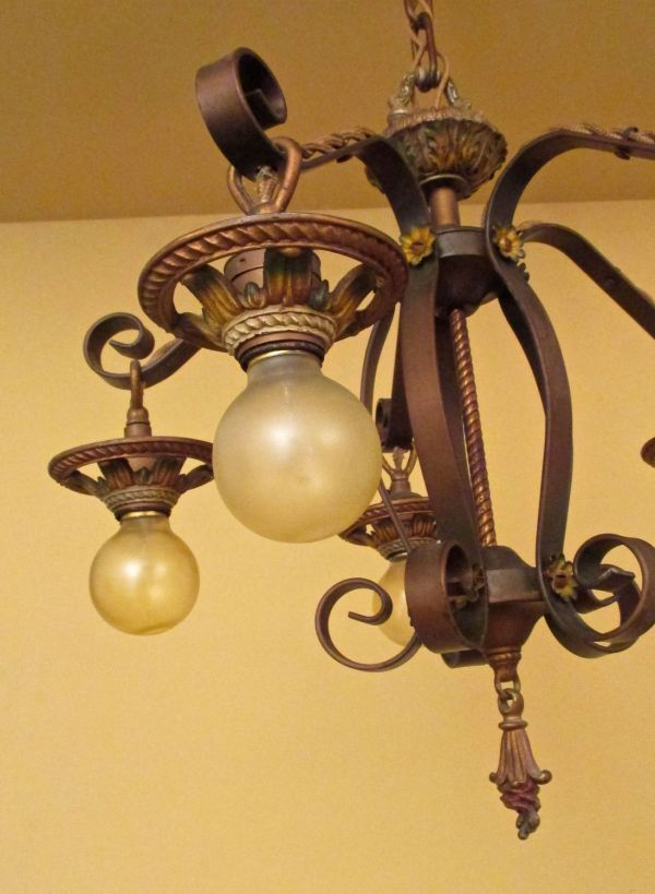 Close-up of the chandelier.