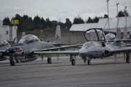 super tucano y Dragonfly