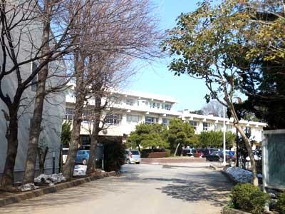 マツコ・デラックス 千葉県市立小中台中学校