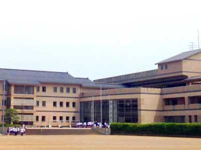 高崎中学校