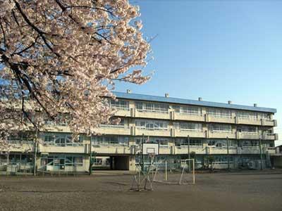 富士見市立鶴瀬小学校