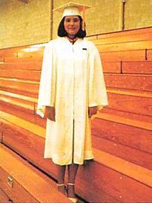 雅子さま ベルモントハイスクール 卒業式
