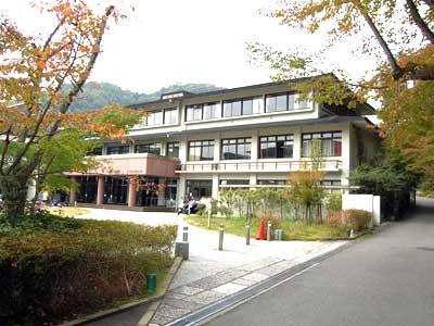 クロちゃん 京都西山短期大学