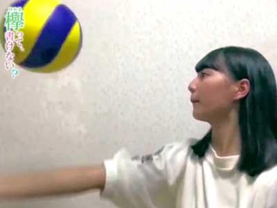 小坂菜緒 バレーボール