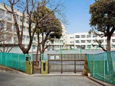横浜市立鴨居小学校
