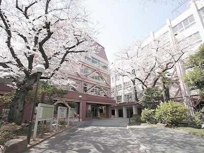 香川栄養専門学校