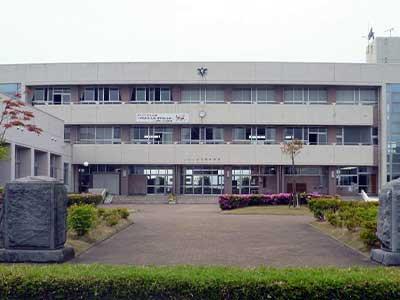 新潟市立月潟中学校
