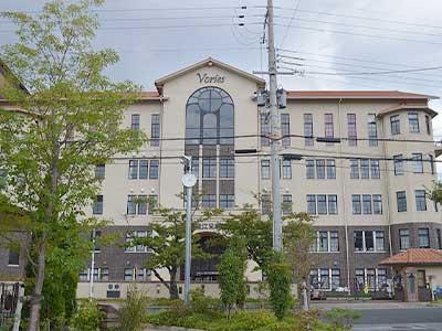 近江兄弟社高等学校