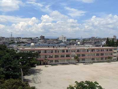 鹿児島市内紫原小学校