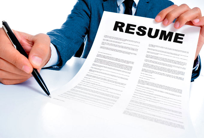 An Executive Resume  Tips From Online Resume Writing Service     Online resume writing service