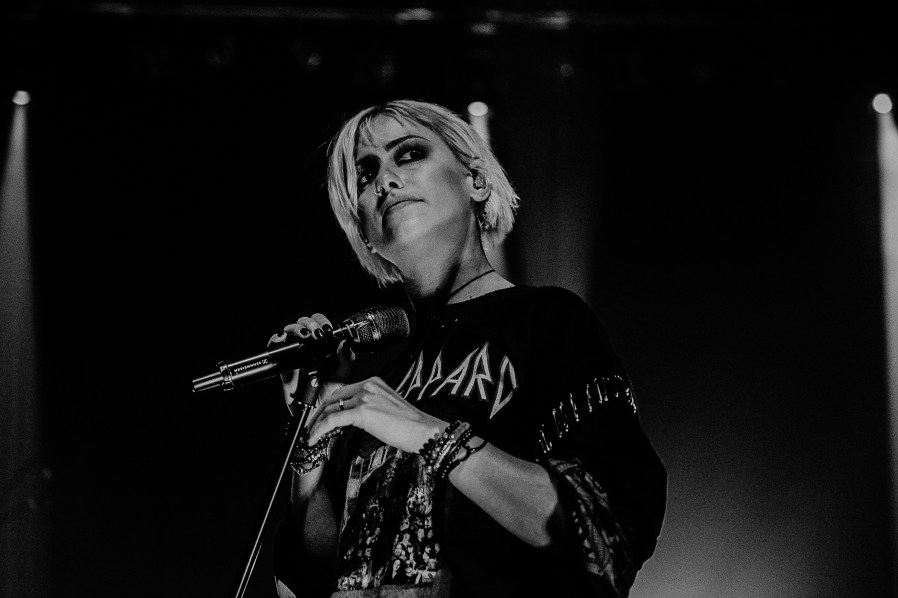 Tonight Alive-15