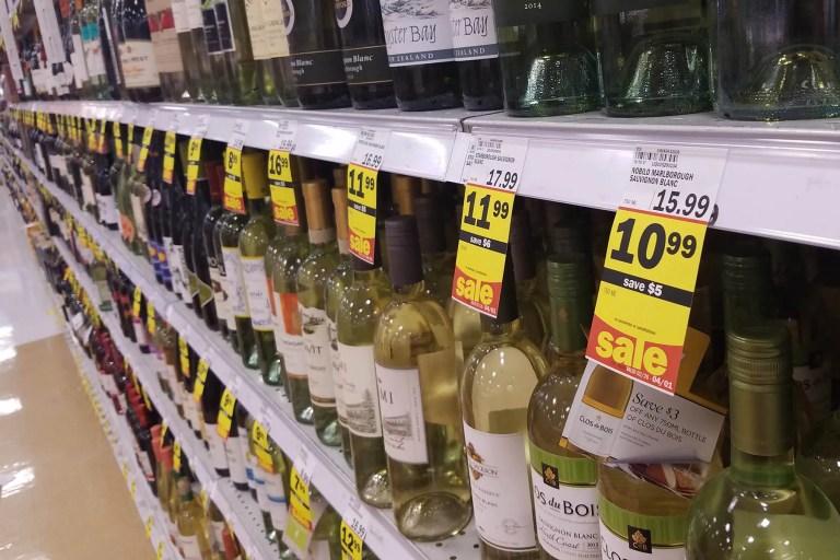 Grocery store shelf talkers