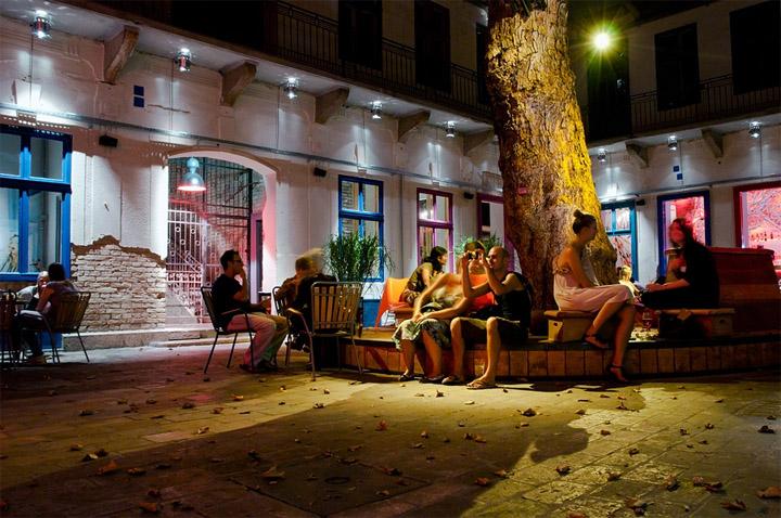 Doboz Party Place By Vera Vida Pter Szendr Dvid