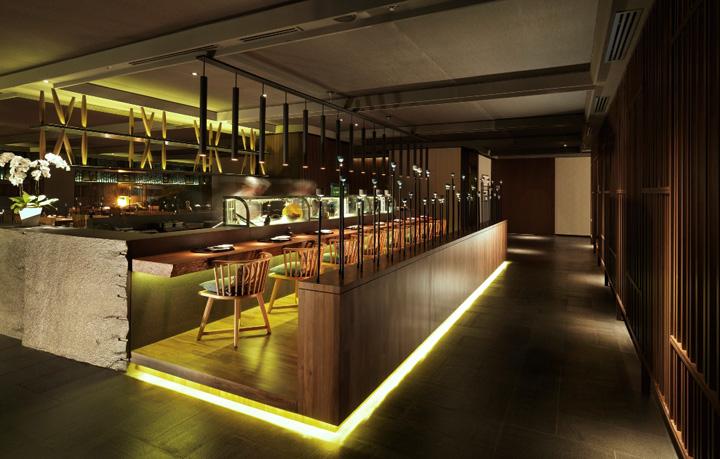 Narrow Restaurant Design