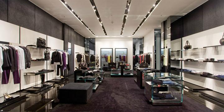 VJC Versace Store By Arcabi Associates