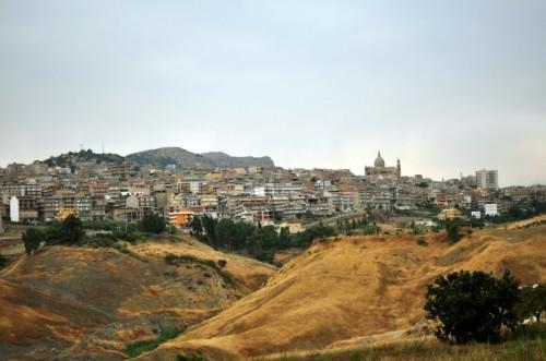 Panorama Favara, foto di Vincenzo491 tratta da http://rete.comuni-italiani.it